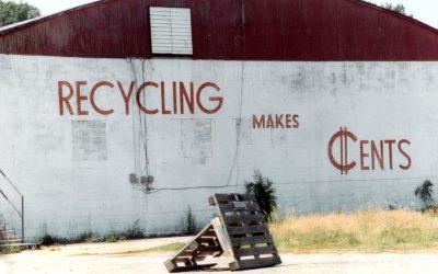 Het beheer inzake en de reglementering over afval en materialen
